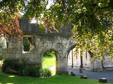 Garden Museum File Archway In Museum Gardens York Geograph Org Uk