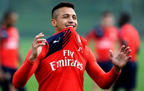 arsenal today arsenal news alexis sanchez to sign new contract with