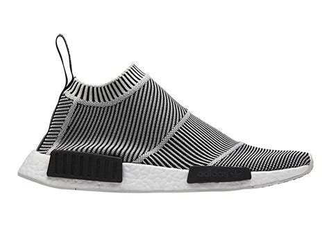 Adidas Nmd City Shock Putih adidas nmd cs1 pk city sock dead stock sneakerblog