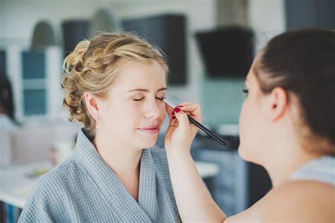 hair and makeup jobs abroad beauty make up artist vacancy hairandbeautyjobs com