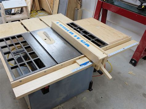 Make A Table For Your How To Make Your Own Wooden Fence For Your Table Saw