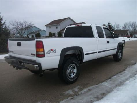 find used 2003 gmc sierra 1500 sl extended cab pickup 4 door 4 8l in huntington beach buy used 2002 gmc sierra 1500 sl 4x4 extended cab 4 door long box well maintained in racine