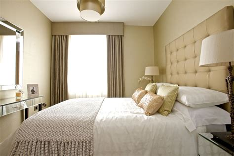 what size ceiling fan for 10x10 room 卧室床头软包背景墙效果图 土巴兔装修效果图