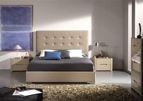 canape d angle moderne 1677 acheter votre lit contemporain en pvc moka capitonn 233 chez