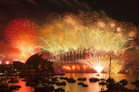 world celebrates with new year s fireworks abc news