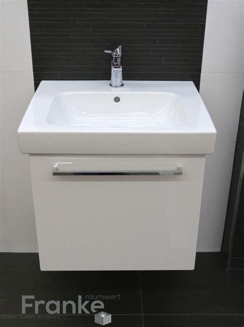 Badezimmer Unterschrank Schwarz by Badezimmer Im Klassischen Schwarz Wei 223 Look Hier Mit Einem