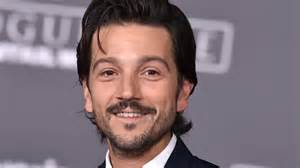 Wcvb Radar by Diego Luna Says Rogue One Fan S Story Left Him Emotional
