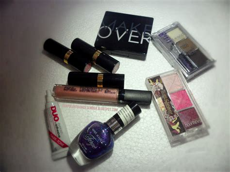 Lipstik Revlon All Variant favourite drugstore products to enhance your