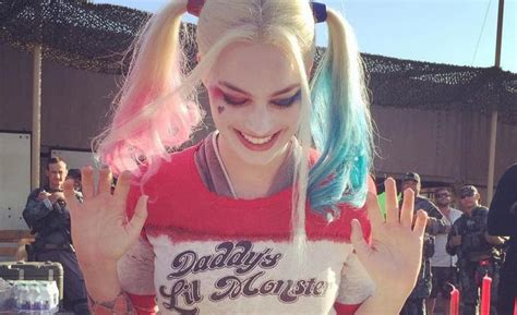 did margot robbie tattoo her suicide squad director on suicide squad cast tattoos see harley quinn actress