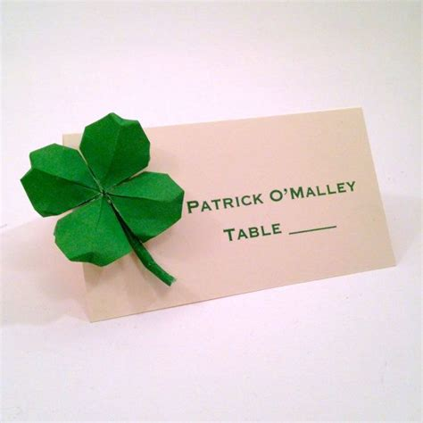 Clover Origami - st s day shamrock place cards four leaf clover
