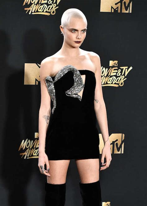 cara delevingne height weight body statistics healthy celeb