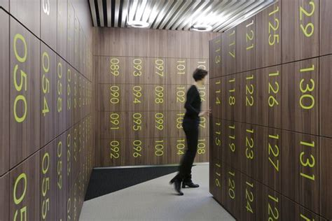 wembley stadium locker room again the trend seems to be 273 best images about sports on pinterest jean nouvel