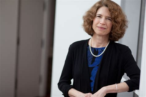 Gets Honorary Mba by Tuck School Of Business Constance Helfat To Receive