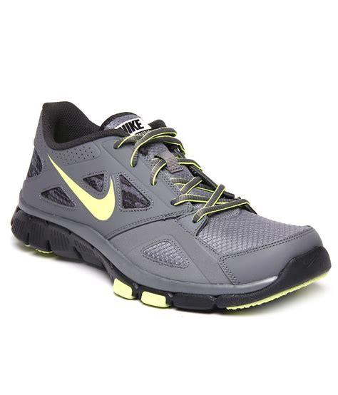 nike running shoes black and grey nike flex supreme tr2 grey and black running shoes price