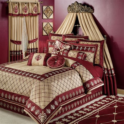 Discount Duvets Golden Red Long Curtains Combined With Cream Red Comforter