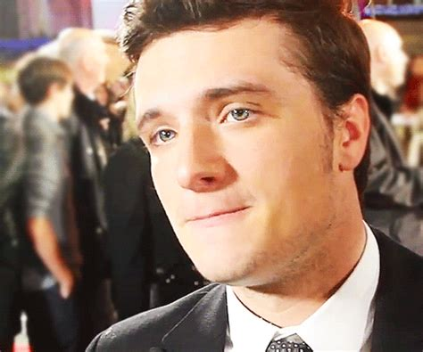 josh hutcherson eye color the gallery for gt josh hutcherson blue