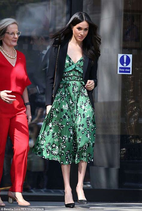 Prince Harrys Chelsy Wears 45 Warehouse Dress by Turnbull Meets Prince Harry And Meghan Markle In