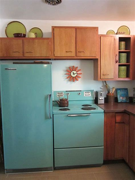 turquoise kitchen appliances american beauties 25 vintage stoves and refrigerators from readers kitchens stove turquoise