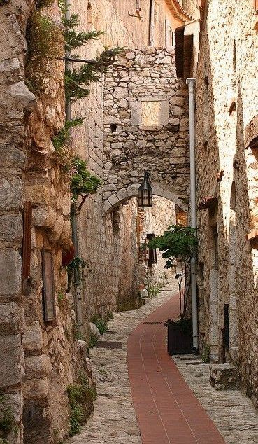 Two Donkeys Two 1 Mountain Eze by 277 Best Images About Backstreets And Alleyways On