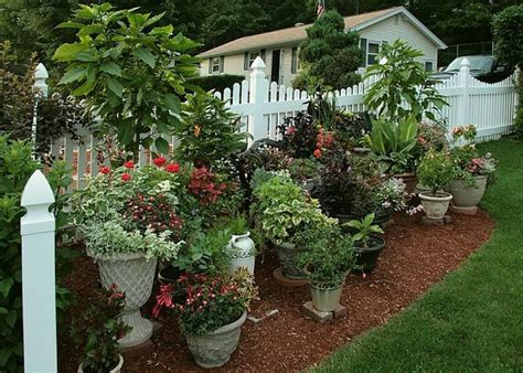 Pots In Gardens Ideas Cool Flower Pots Container Garden Ideas Container Vegetable Garden Container Gardening