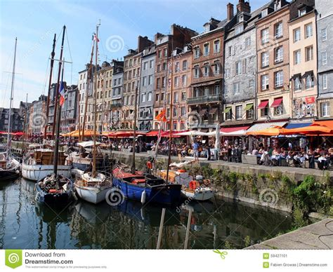 ville normandie de honfleur photo 233 ditorial image 59427101