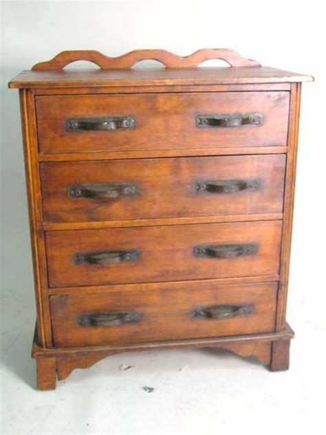 monterey 4 dr dresser
