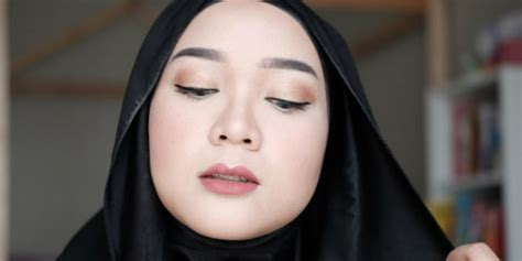 tutorial make up sederhana simpel tutorial makeup natural untuk kondangan dream co id