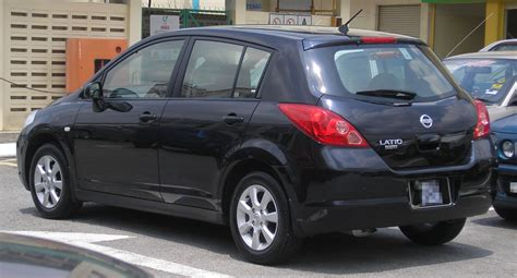 filenissan latio hatchback  generation rear