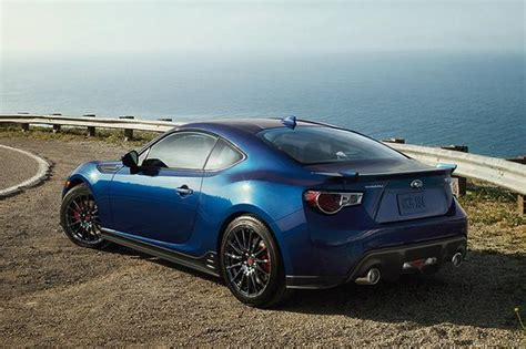 2015 subaru frs 2015 scion fr s vs 2015 subaru brz what s the difference