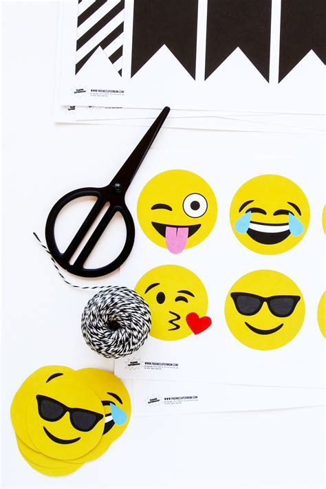 emoji party emoji party ideas for an emoji baby shower from paging