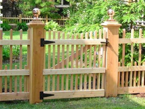 holz gartenhaus selber bauen 674 25 besten fence and gate bilder auf holz
