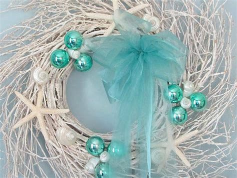 coastal and cottage style christmas decorations