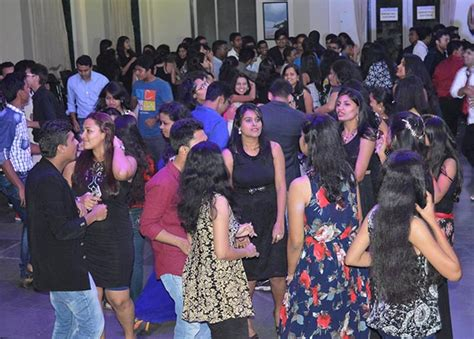 In Parle For Mba Freshers by Mba Ptva S Institute Of Management Fresher S 2015