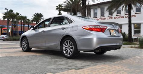Difference Between Toyota Camry Hybrid Le And Xle Road Test Review 2015 Toyota Camry Le And Xle V6