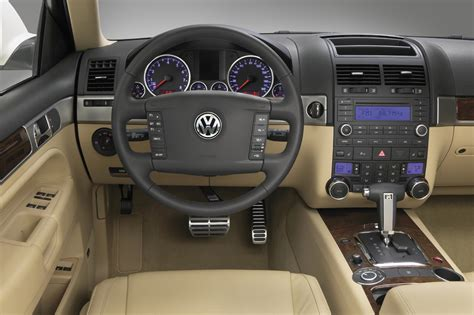 car engine repair manual 2008 volkswagen touareg 2 transmission control 2008 10 volkswagen touareg 2 consumer guide auto