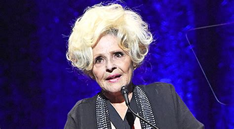 Rock And Roll Home Decor Brenda Lee Forced To Pull Out Of Upcoming Shows Country