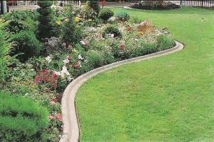 Ideas For Lawn Edging Landscape Edging Ideas Casual Cottage
