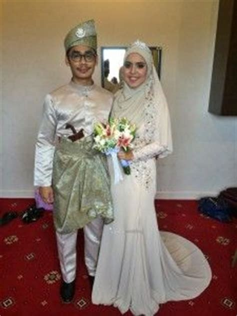 Dress Muslim Catrine Green Byk Warna 1000 images about survey baju pengantin on peplum wedding dress kebaya and
