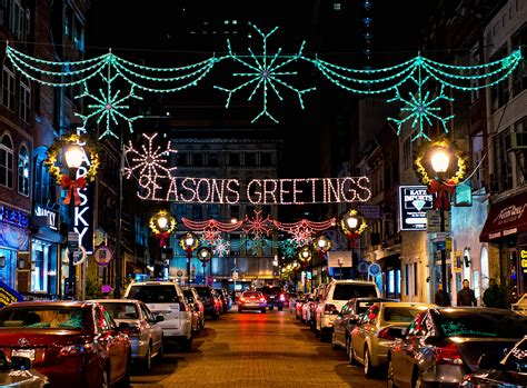32 ways to celebrate the holidays in philadelphia this
