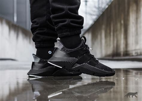 Sepatu Adidas Prophere Black adidas prophere black ftwr white black