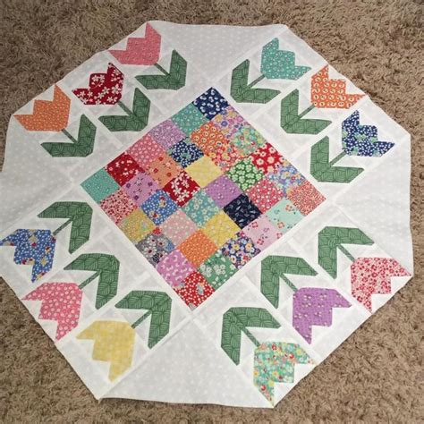 Table Runner Quilt Patterns by 25 Best Ideas About Quilted Table Toppers On