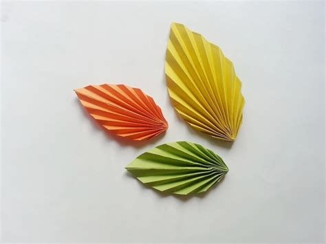 How To Make Paper Leaves - diy paper leaf 183 how to make a paper model