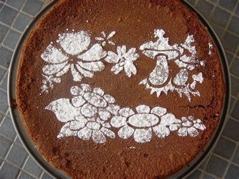 d 233 co facile de gateau d anniversaire pochoirs au sucre glace le bric 224 brac d annaig et