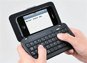 Elecom mini bluetooth keyboard works with all your gadgets