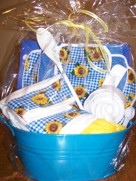 kitchen gift basket ideas kitchen gift basket gift ideas pinterest