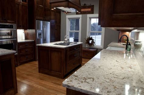 cherry cabinets with quartz countertops 25 best ideas about cherry cabinets on cherry