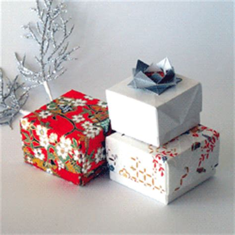 Origami Wrapping Paper Gift Box - origami