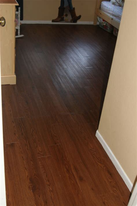 Peel And Stick Vinyl Flooring by Cheap Peel And Stick Vinyl Floor Tile Peel And Stick Vinyl