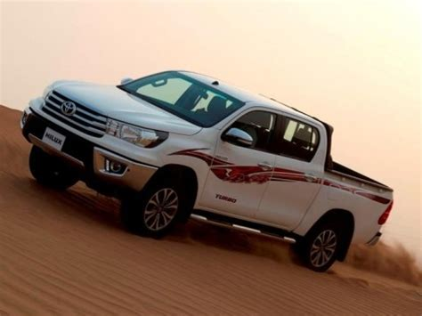 Toyota Dealer In Jeddah Toyota Hilux Sglx2 2 7 4x4 A 4d 2016 With Prices Motory