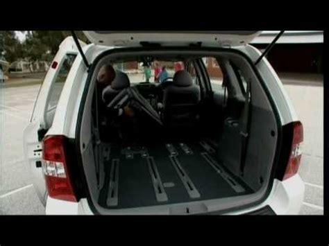 Kia Sedona Rear Seat Stuck 2007 Kia Sedona Stereo Removal Doovi